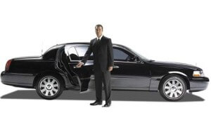 Seattle-limousine-towncar-service-480x290-300x181 What Should You Look For When Hiring A Chauffeur For Your Hired Limousine?