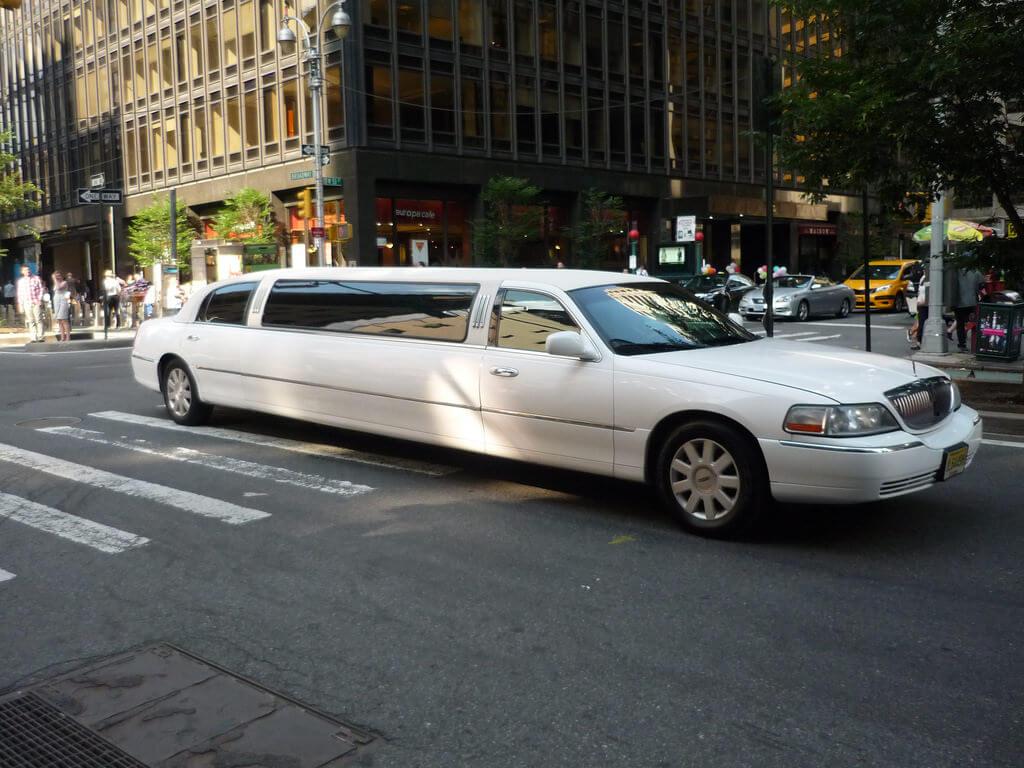 18172789514_18633e8f15_b Boston City Ride: Best Travel Company in the Town
