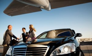 airport-car-services-300x183 The Benefits of Using Airport Car Services